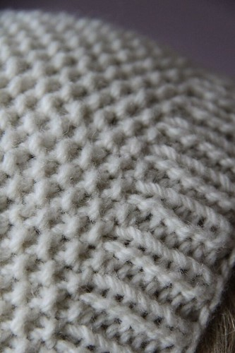 Knitting Decrease Stitches Evenly : pattern: pompon and seeds hat - cazcrafts