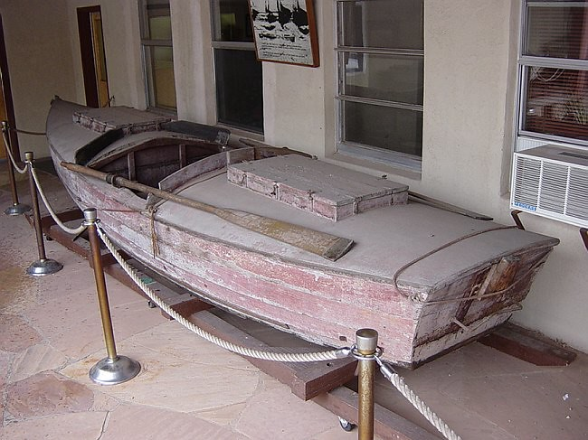 Grand Canyon Boat grca13673-Glen01