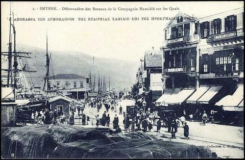 Karpostallarda yangından önce İzmir, Rıhtım