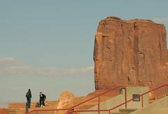 Monument Valley (tramsteer) Tags: usa butte desert jeep navajo monumentvalley nikond300 tramsteer