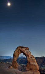 Night Arch (Jonbeans) Tags: moon rock utah rocks arch archesnationalpark delicatearch