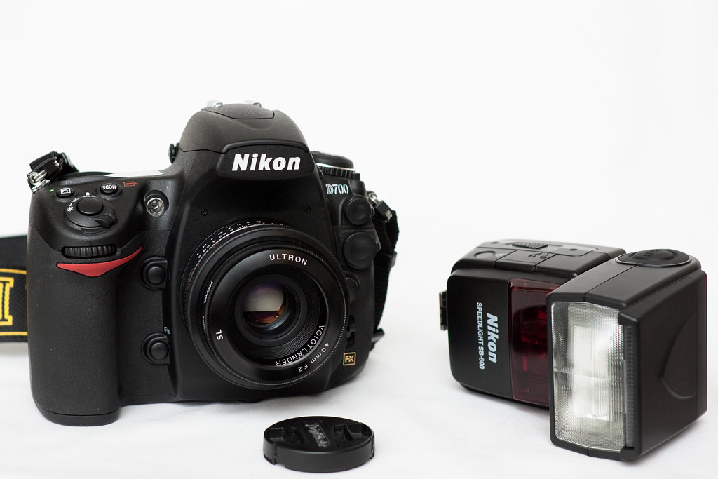 Brief impression and thoughts on Nikon D700