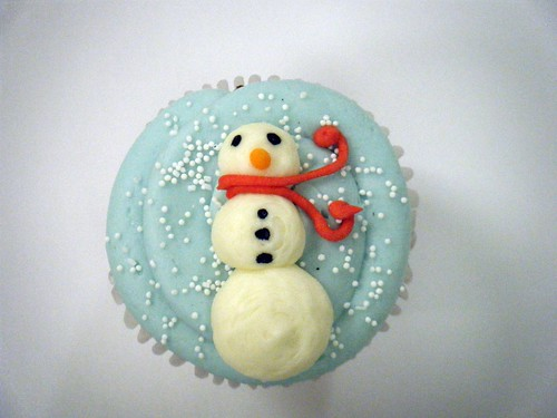 download its about Snowman Cupcakes With pic