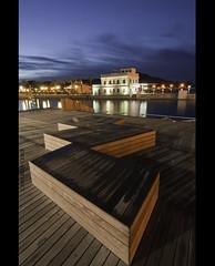 Puerto de Cartagena (Cani Mancebo) Tags: wood espaa port canon puerto dawn spain madera alba tokina murcia amanecer seats bancos cartagena asientos yachtclub 1116 clubderegatas 400d canoneos400ddigital 1116mm canimancebo tokina1116f28dxatxpro