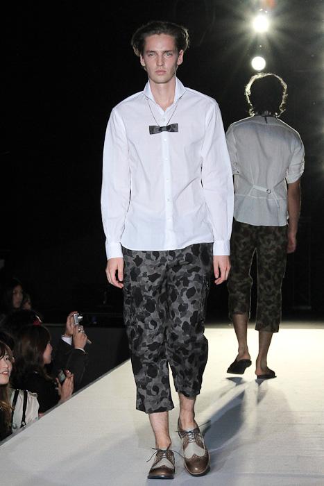 SS11_Tokyo_LANVIN en Bleu011_Rutger Derksen(Fashionsnap)