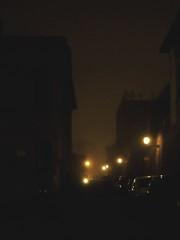 duecentocinquantuno - questa notte una lucciola.. (e_lisewin) Tags: night dark ferrara nebbia carmen freddo nero lampioni sera consoli lucciole lucine nonsivededavverounamazza