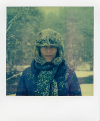 (rougerouge) Tags: snow polaroid sx70 pola tz chapka autaut panpola