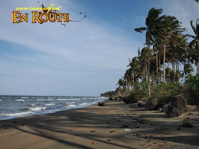 Strong winds and crashing waves at Buhangin Beach