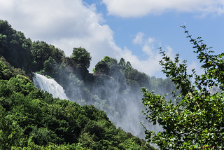 CASCATA MARMORE    ----    MARMORE WATERFALL