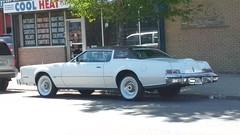 '74-'76 Continental Mark IV #2 (artistmac) Tags: chicago il illinois city urban street continentalmarkiv coupe personalluxury car automobile lincoln ford 5mphbumpers whitewalltires pimpmobile