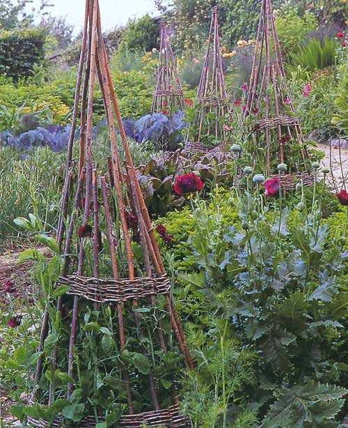 Smith & Hawken Garden Structures by Linda Joan Smith