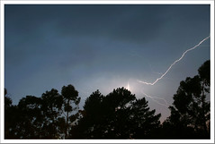 Ekaitza (Igorza76) Tags: storm bolt tormenta lightning rayo bizkaia euskalherria euskadi basquecountry bermeo bermio tximista ekaitza justuria justurije