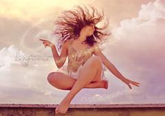 flamagiatuttoquelchevuoitu!  {explore} ({LadyB*) Tags: photoshop magic levitation explore e valeria tra magia sogno fatina realt levitazione