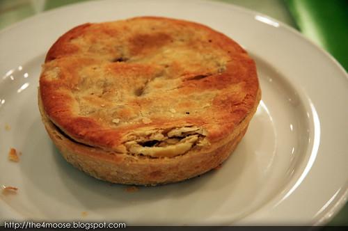 Park Deli - Beef and Mushroom Pie