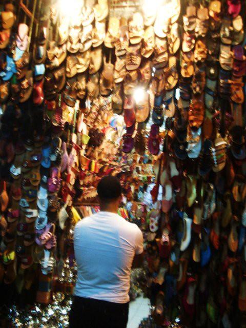 42 shoe sellers