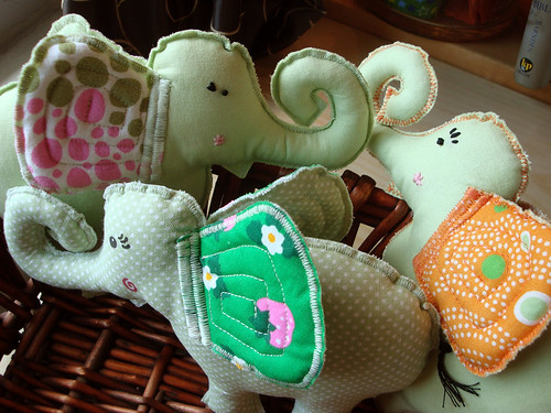 elephants_basket2