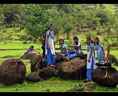 पाठशाला.. (D a r s h i) Tags: schoolgirls paathshala varandaghat girlssmiles