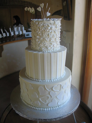 white choc ganache wedding cakes study of white wedding cake on white chocolate ganache 27238