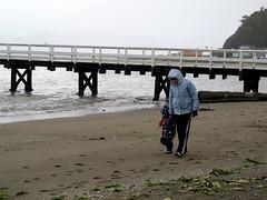 rosey's visit (7) (C Buckley) Tags: beach rainyday rosemarie 2010 wetterau daysbay jun10 quincyfamily roseysvisit