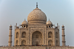 Sunset on Taj Mahal, Agra, Uttar Pradesh, India (fabriziogiordano23) Tags: trip travel sunset india holiday asia tramonto tajmahal agra journey indie viaggio soe vacanza indland  uttarpradesh wow1 wow2   meraviglia greatphotographers  beautifulphoto   flickraward  flickrestrellas