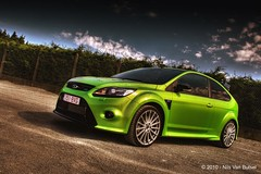 Ford_Focus_RS_Weytie_HDR1_toned (nils_vb88) Tags: green ford car hdr greatphotographers tonemapping focusrs worldcars topgearstyle