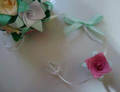 Detalhe* (Mari Godet* contato: marigodet@gmail.com) Tags: flower art rose paper origami flor rosa buque dobradura kusudama mobila
