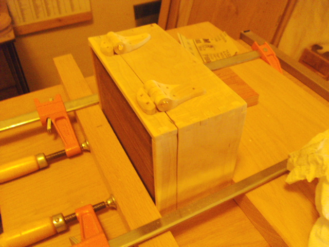 Hinge Glue-up