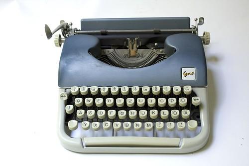 Kleinschreibmaschine Gesa