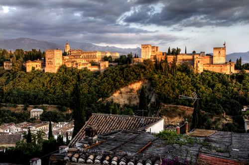 Alhambra and roofs. Granada. Alhambra y tejado