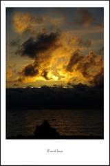 Y lleg el fin... (El Loco de Smara) Tags: sol atardecer mar nubes tenerife ocaso reflejos dorados