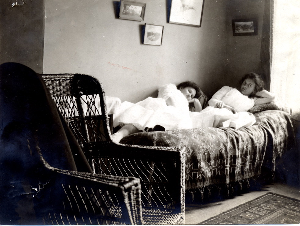 1890s Dorm Room