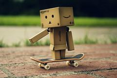 Dan-boarding (Lucy*Lou) Tags: bricks skateboard danbo danbomini dandoard