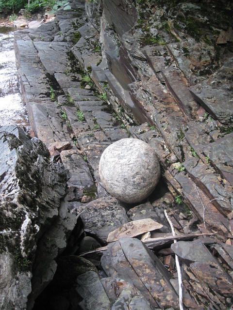 Fred Flinstones bowling ball? Wtf?