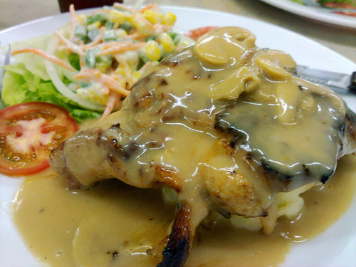 Chicken chop with mushroom sauce - Freddy, Millenium 86, Tmn Paramount