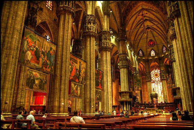 Milan-Duomo-interior-2