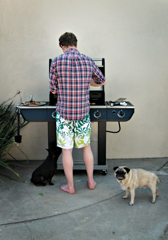 timmy+bbq+dogs
