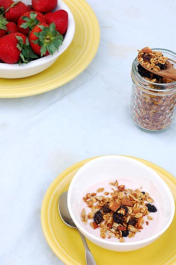 yogurt with maple almond granola