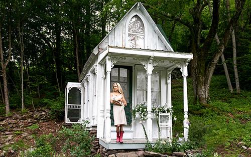 Tiny Victorian House 1