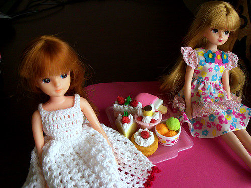 Licca Dolls with Miniature Dessert Tray