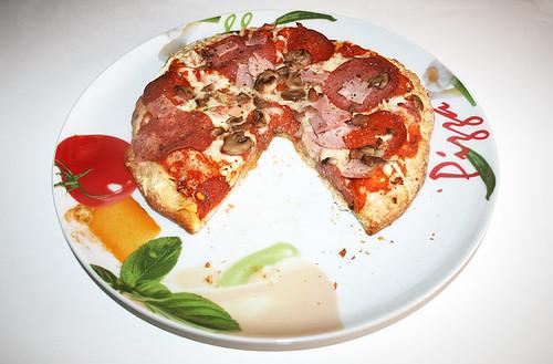 08 - Pizza angeschnitten