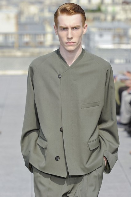Bastien Bonizec3109_SS11_Paris_Christophe Lemaire Haute Couture(lizzylily@mh)