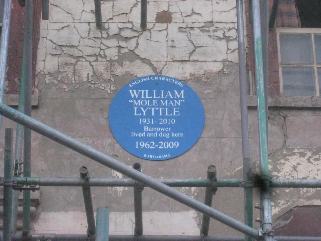 "Photo of William ""Mole Man"" Lyttle blue plaque"