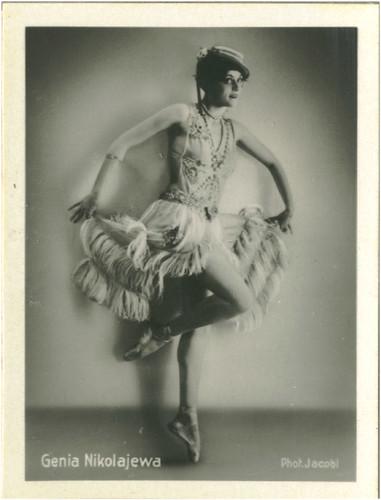 157 Genia Nikolaieva_Eckstein (Der Künstlerische Tänz. Das Tanzgenie der Russen; 157)