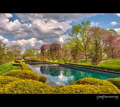 Cantigny Gardens [HDR 3] (josefrancisco.salgado) Tags: usa photoshop garden us illinois nikon unitedstatesofamerica nikkor hdr d3 hdri wheaton jardn bracketing ldr tonemapping tonemap 5xp highdynamicrangeimaging ldri 5ev 2470mmf28g cantignygardenspark