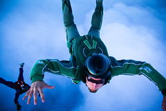 Jmi FS skydive, 8.2010 (Alexander Savin) Tags: sky finland skydive freefall parachutes jmi jmijrvi