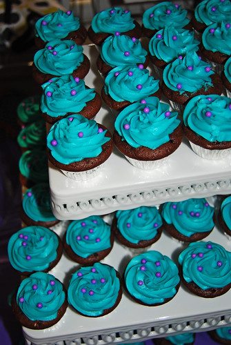 Turquoise cupcakes with purple pearls mini cupcakes for Urban Kidz event