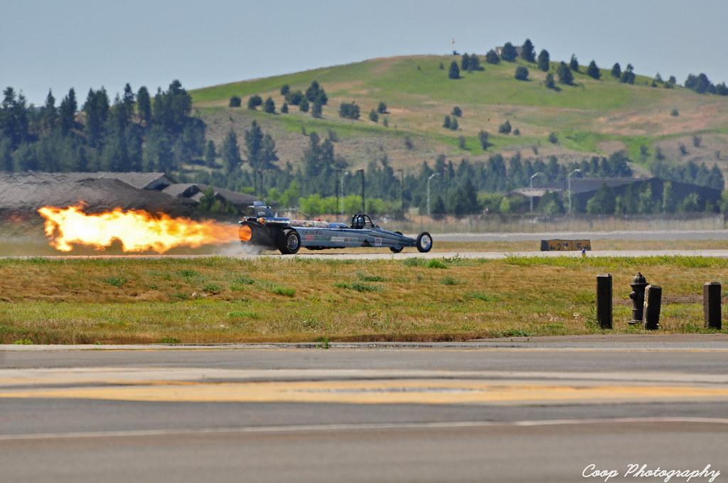 Smoke 'N' Thunder Jet Car