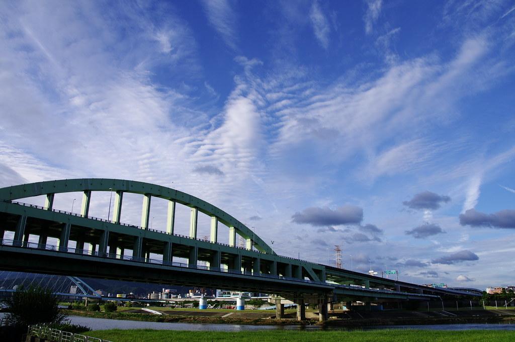 黃昏的彩虹橋