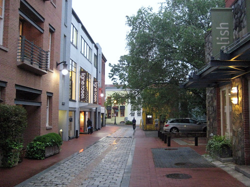 Cady's Alley, revitalization & reuse in Georgetown, DC (by: citta-vita, creative commons license)