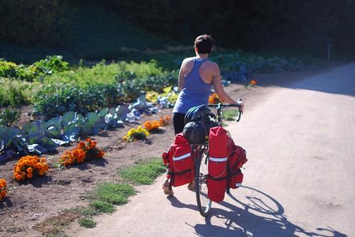 自行车旅行第一个